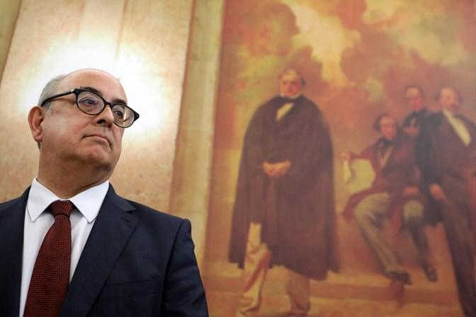 Parlamento. Azeredo Lopes falha entrega de dossiê sobre Tancos
