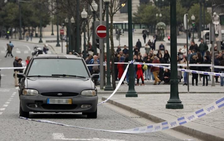 Porto: Trânsito reaberto na Avenida dos Aliados ao fim de quatro horas