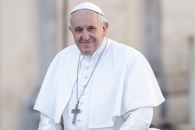 Papa conversou por telefone com a mãe de Marielle