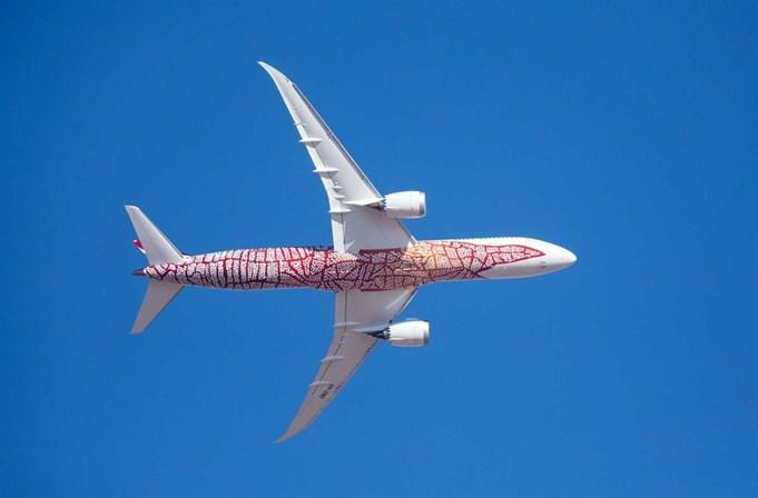 Primeiro voo direto entre Austrália e Europa durou 17 horas