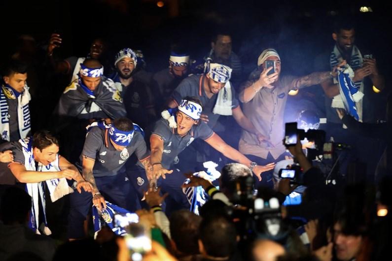 FC Porto campeão após empate a zero entre Sporting e Benfica [vídeos]