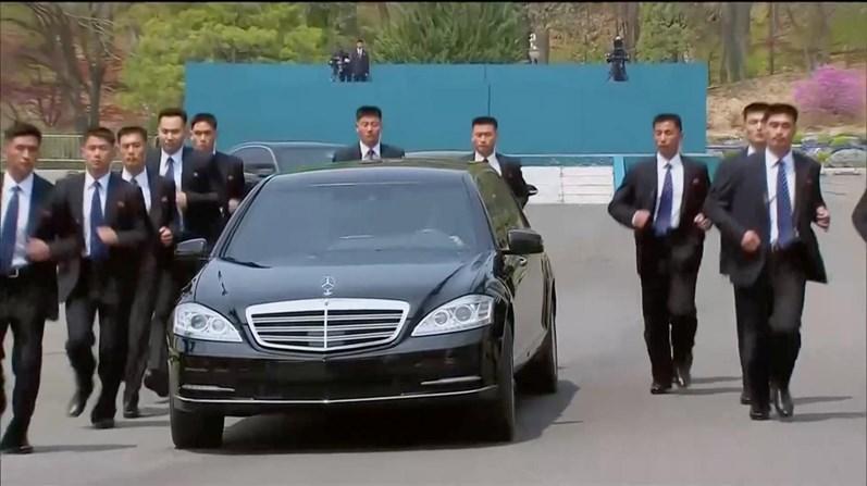 Kim Jong-un se reúne com presidente Xi Jinping na China