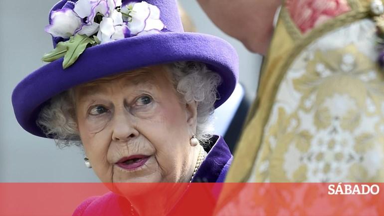 89bbfa6e3 A que dia da semana Isabel II anda com dinheiro? - Social - SÁBADO