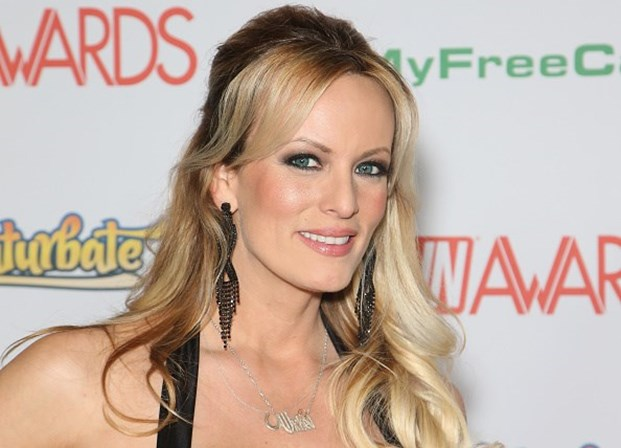 Stephanie Clifford, conhecida no mundo do cinema pornográfico como Stormy Daniels.